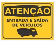PLACA DE SINALIZAÇÃO ENTRADA DE VEÍCULOS